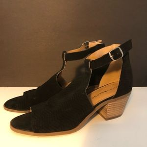 Lucky brand wedge heels sandals